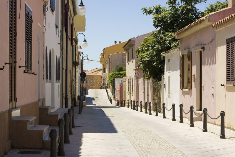 Rue - rue Teresa, Sardaigne, Italie image libre de droits