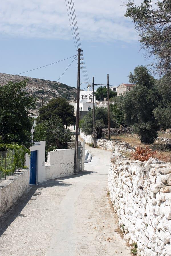 Rue rurale en île de Naxos images stock