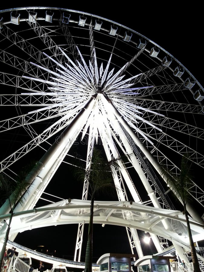 Rueda de Ferris gigante imagenes de archivo
