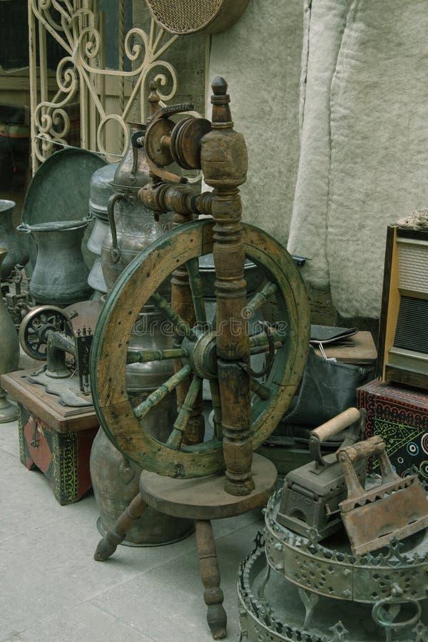 Rueda de hilado antigua fotografía de archivo libre de regalías