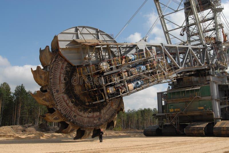 Rueda de la explotación minera del cavador del carbón fotos de archivo