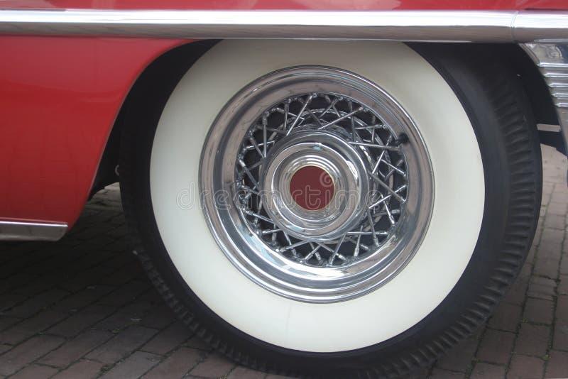 Rueda de un coche clásico imagen de archivo libre de regalías