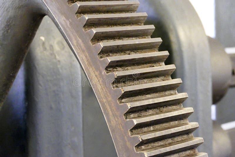 Rueda dentada vieja del engranaje del metal fotografía de archivo libre de regalías