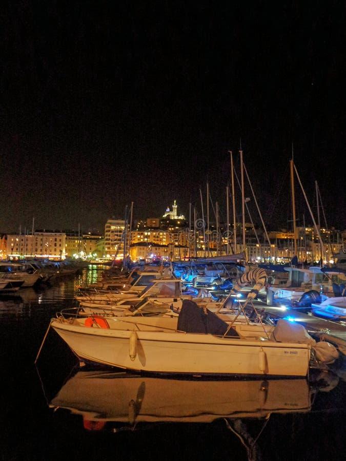 Rueda paronamic de Marsella tomada en la noche foto de archivo
