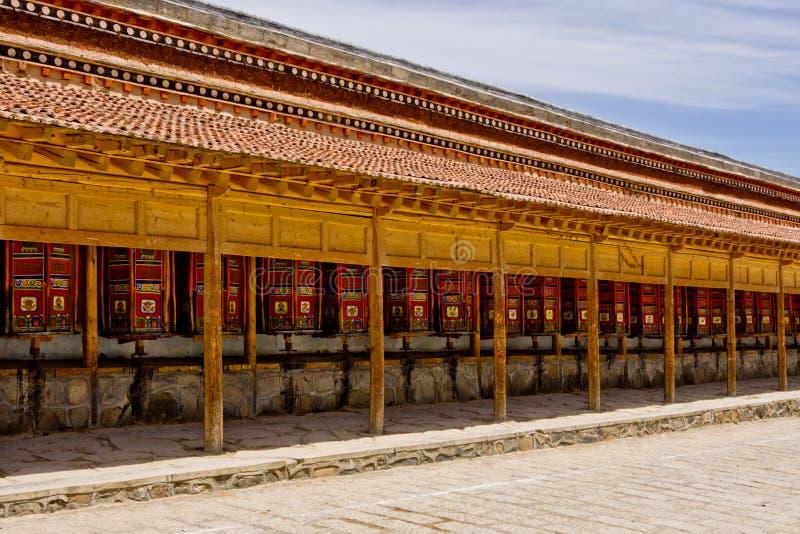 Ruedas de rezo, Labrang Lamasery fotos de archivo libres de regalías