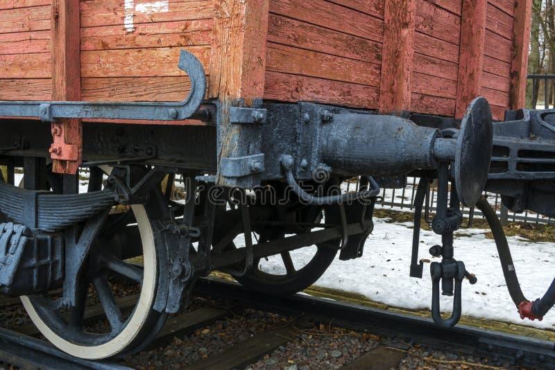 Ruedas del coche de carga del vapor del vintage imagen de archivo