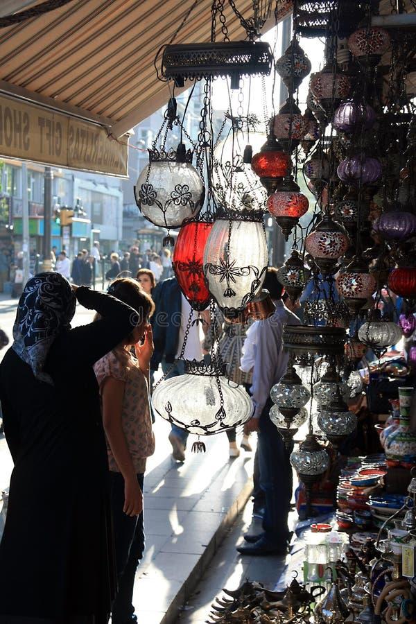 Rues d'achats à Istanbul Turquie image libre de droits