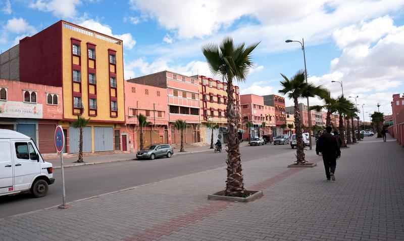 Rues dans Biougra, Agadir, Maroc images libres de droits