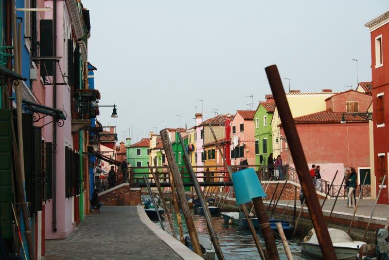 Rues de Burano photo libre de droits