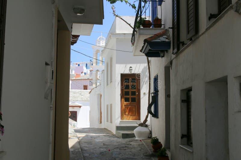 Rues de ` de Skopelos image stock