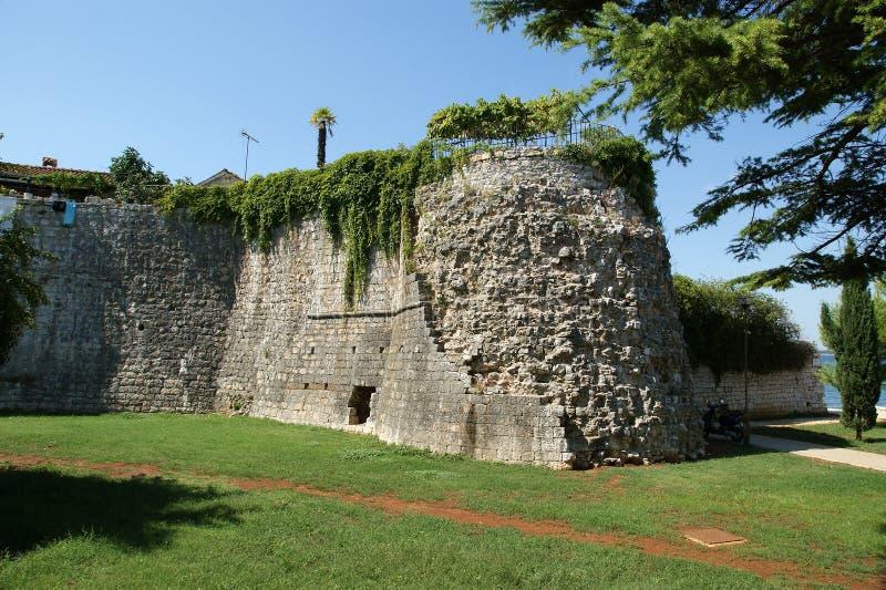 Rues de la vieille ville de Porec, Istria, Croatie photographie stock libre de droits
