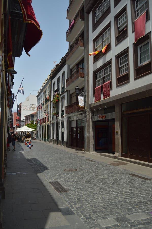 Rues de Santa Cruz De La Palma Decorated For la descente de la festivité de Vierge qui est célébrée tous les cinq ans Voyage, image stock