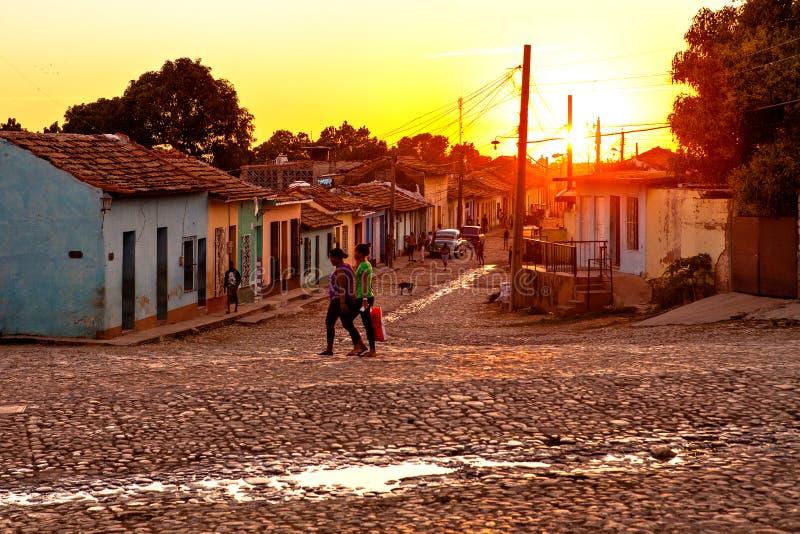 Rues de Tobblestone du Trinidad, Cuba images libres de droits