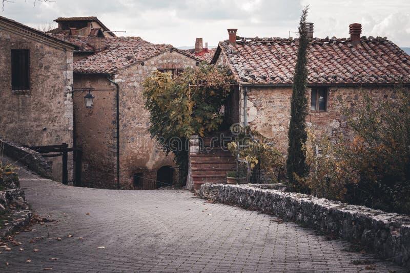 Rues de vieille ville européenne photo stock