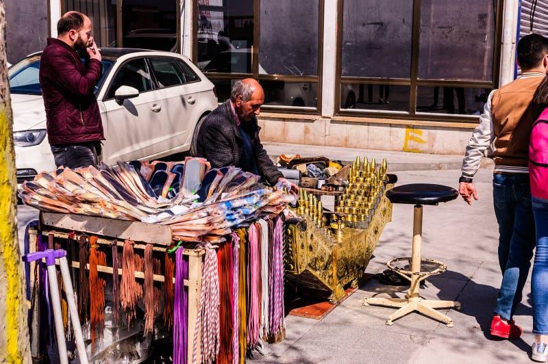 Rues et habitants de ville d'Istanbul - Turquie photo libre de droits