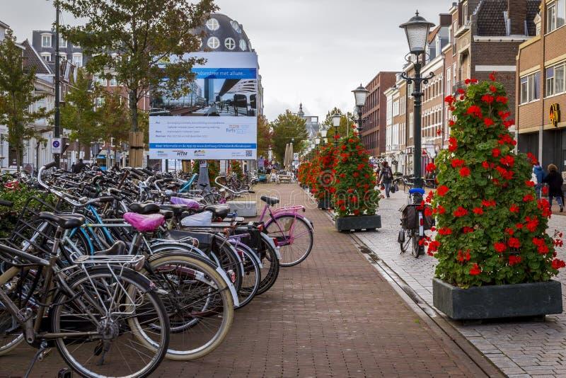 Rues nouvellement faites dans la ville de la Haye photographie stock