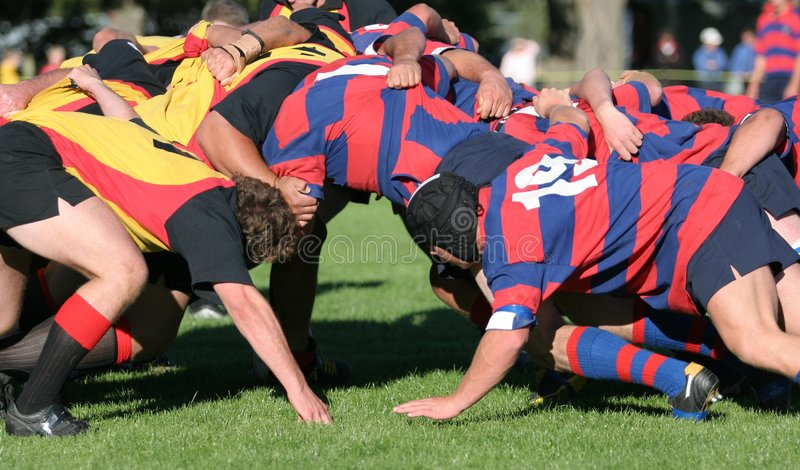 Rugby-Gedränge, Klumpenrugbytätigkeit stockfotografie