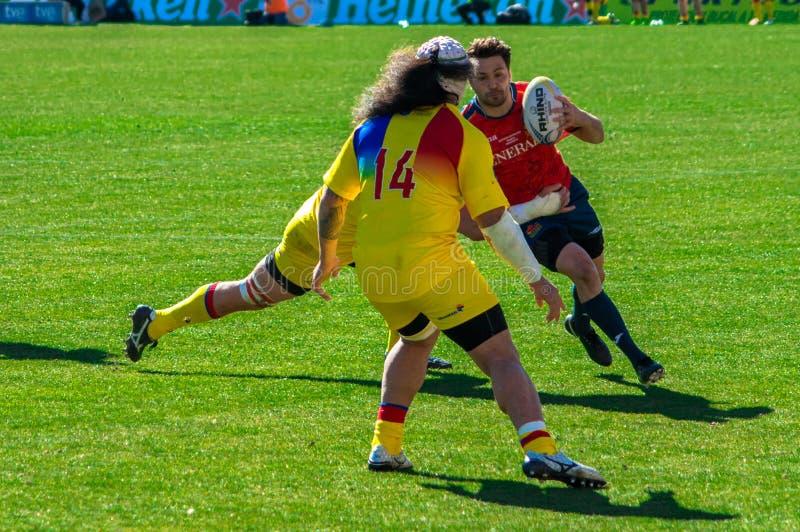 Rugbyspeler die tijdens gelijke Spanje-Roemenië lopen royalty-vrije stock fotografie