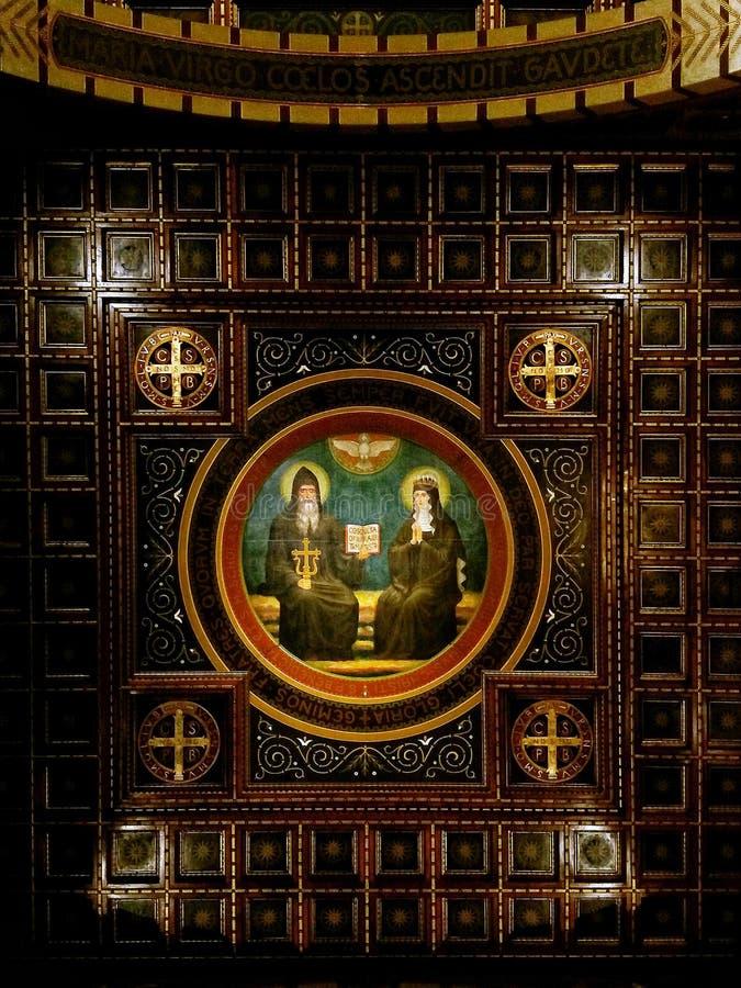 Ruhe und Betrachtung vor den heiligen K?nsten lizenzfreie stockfotografie