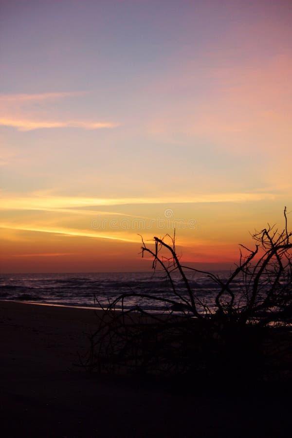 Ruhiger Sonnenaufgang lizenzfreies stockfoto