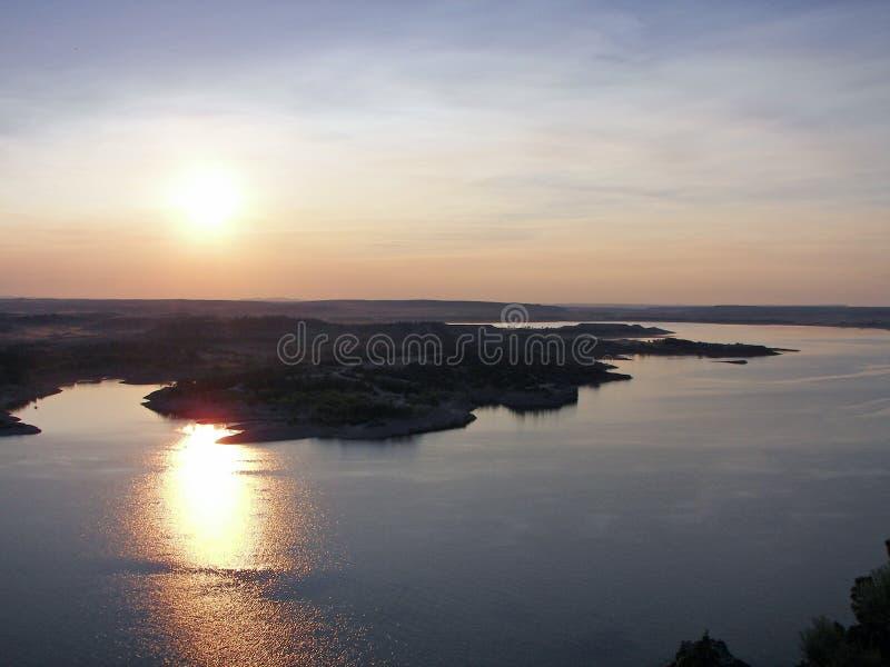 Ruhiger Sonnenuntergang stockfotos