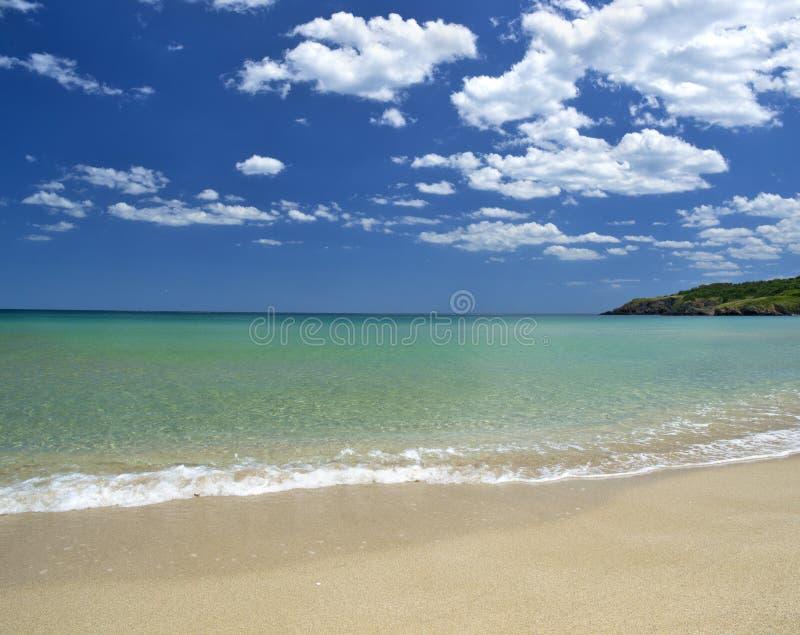 Ruhiger Strand stockbild