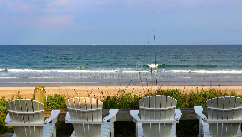 Ruhiger Strand im North Carolina stockfotos