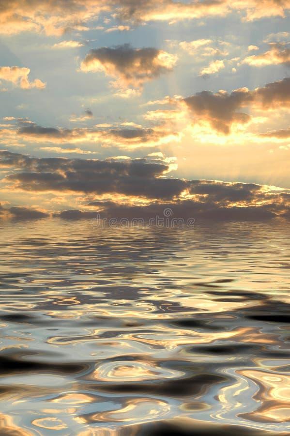Ruhiges Meer lizenzfreie stockbilder