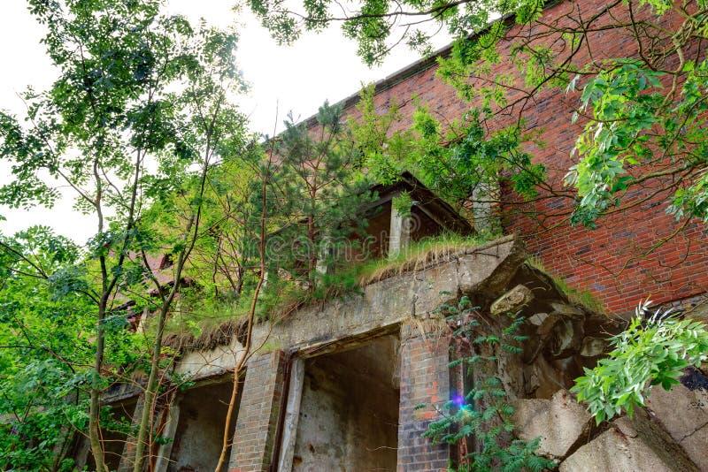 Download Ruin stock image. Image of landmark, dangerous, debris - 27289179