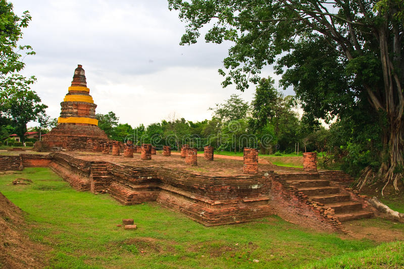 Download Ruin giant pagoda stock photo. Image of chiang, monument - 15398094