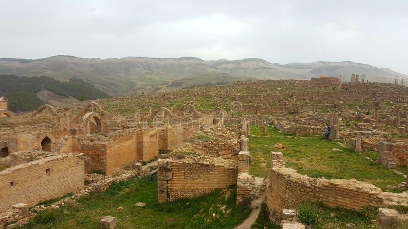 Ruin& x27; s-Dorf von Djemila, Algerien lizenzfreie stockfotografie