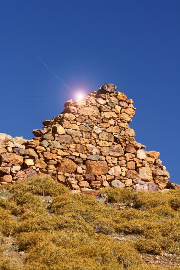 Download Ruina foto de archivo. Imagen de montaña, antigüedades - 7395880