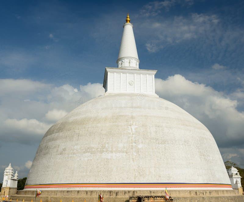 Ruina de Anuradhapura, Mirisavatiya Dagoba Stupa, Sri Lanka foto de archivo