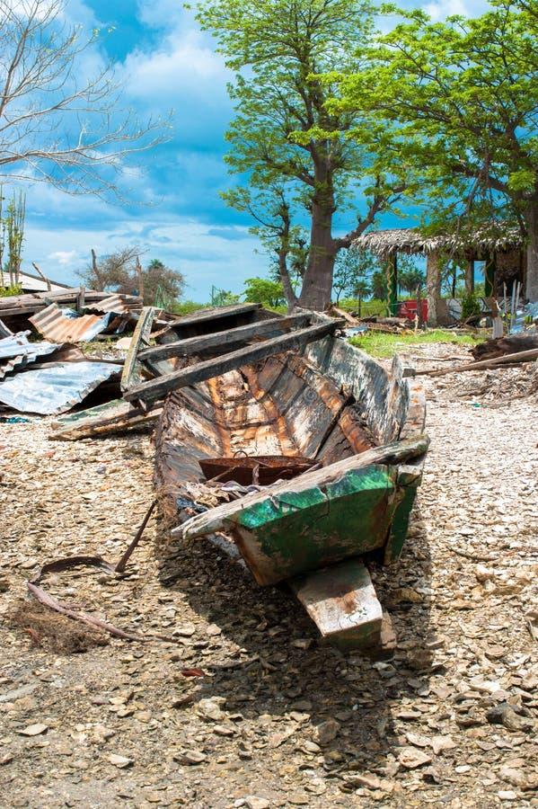 Ruina de la canoa imagen de archivo