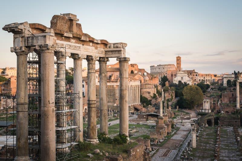 Ruina de la Roma antigua foto de archivo