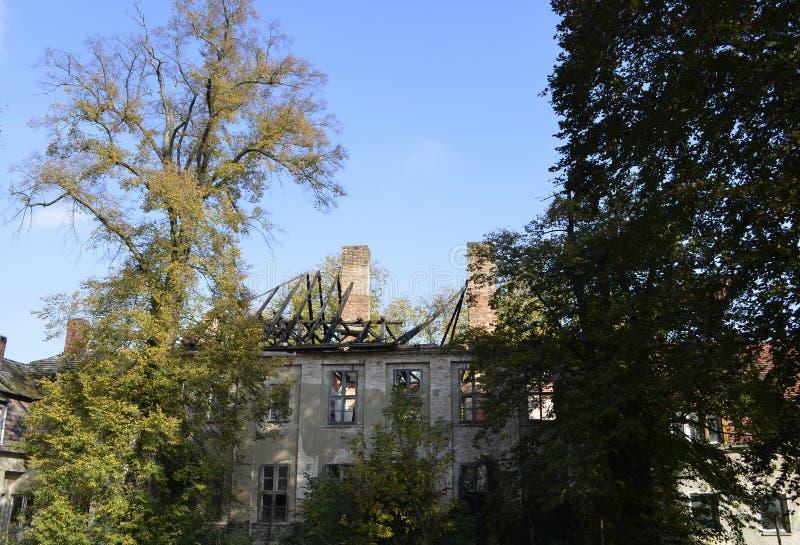 Ruina de una casa señorial fotografía de archivo