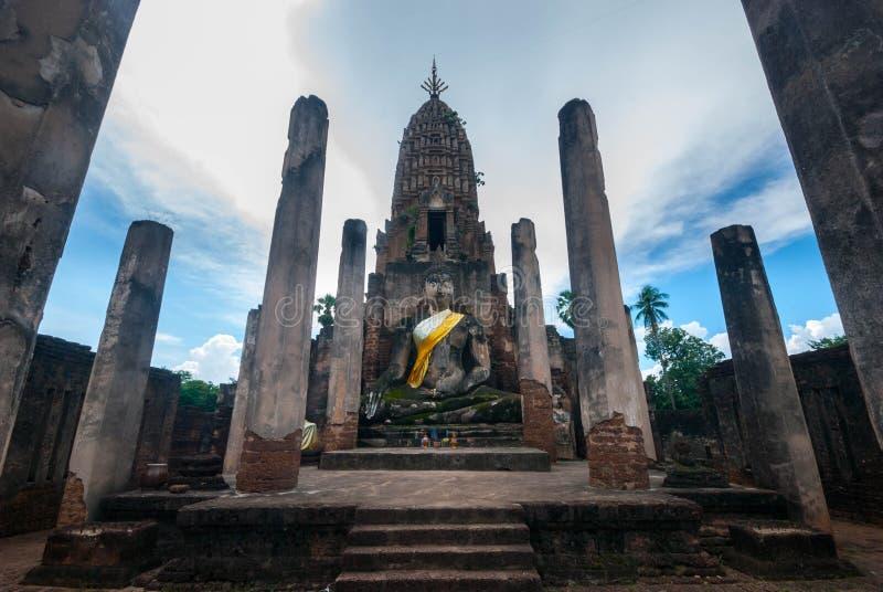 Ruina de Wat Phra Sri Rattana Mahathat, parque histórico de Sukhothai, provincia de Sukhothai foto de archivo