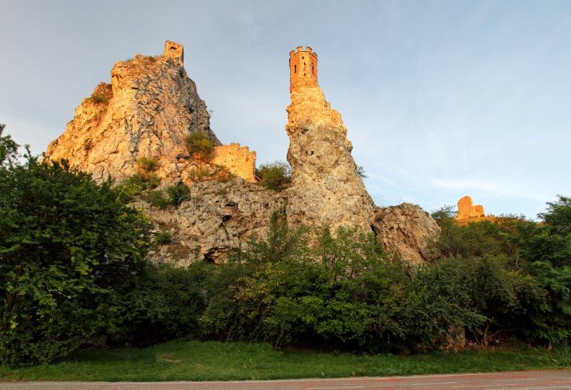 Ruina del castillo Devin - Bratislava fotografía de archivo libre de regalías
