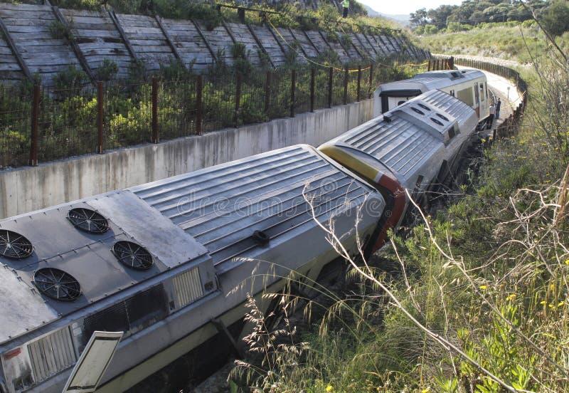 Ruina 007 del descarrilamiento de tren fotografía de archivo