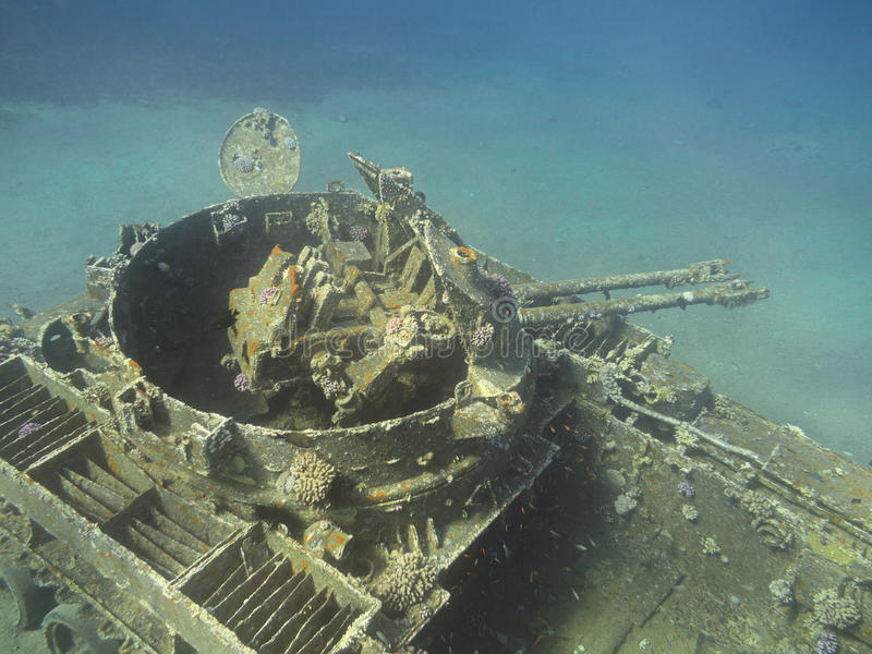 Ruina hundida del tanque en Aqaba, Jordania, subacuática foto de archivo libre de regalías