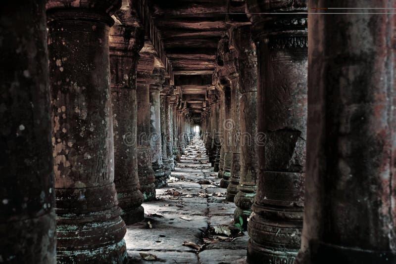 Ruinas camboyanas del templo imagen de archivo libre de regalías