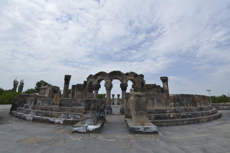Ruinas de la catedral Ejmiatsin, Armenia de Zvartnots fotografía de archivo