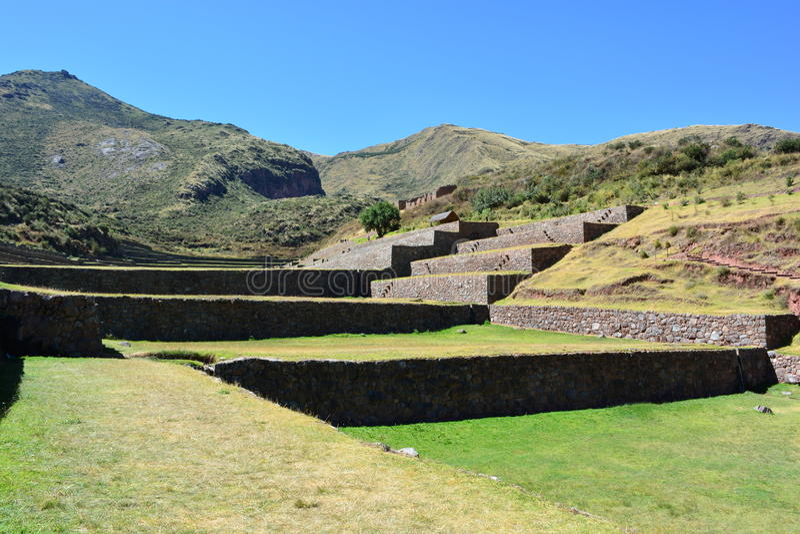 Ruinas de la ciudad antigua del inca del ³ n de TipÃ, cerca a Cusco, Perú fotografía de archivo libre de regalías