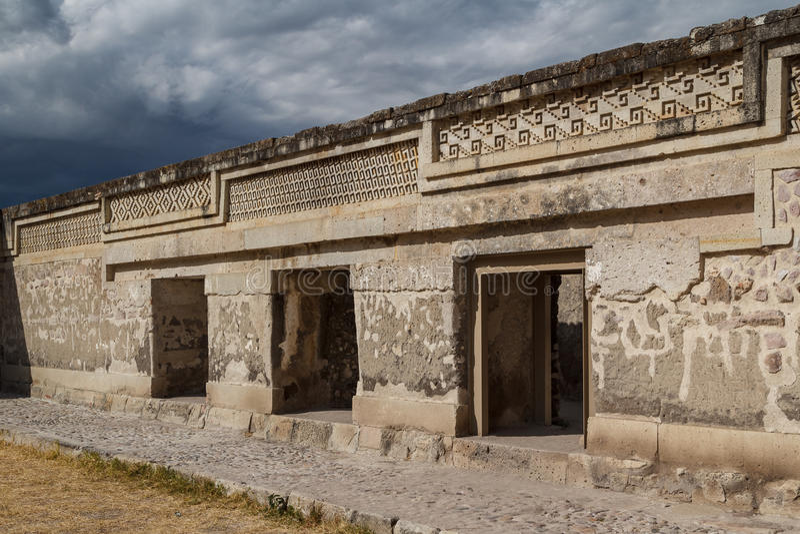 Ruinas de la ciudad Mitla de Zapotec de los pre-hispanos fotos de archivo libres de regalías