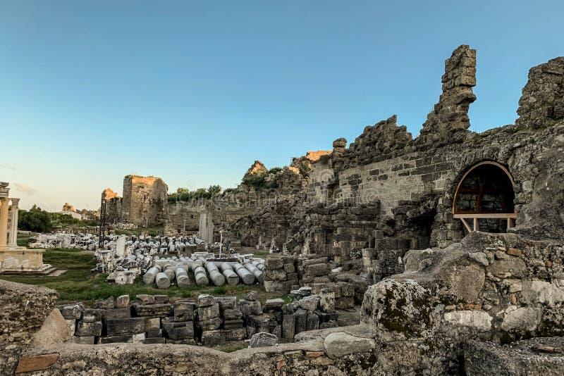 Ruinas de la ciudad vieja en Georgia fotografía de archivo