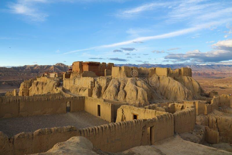 Ruinas de la dinastía del guge en Tíbet fotos de archivo