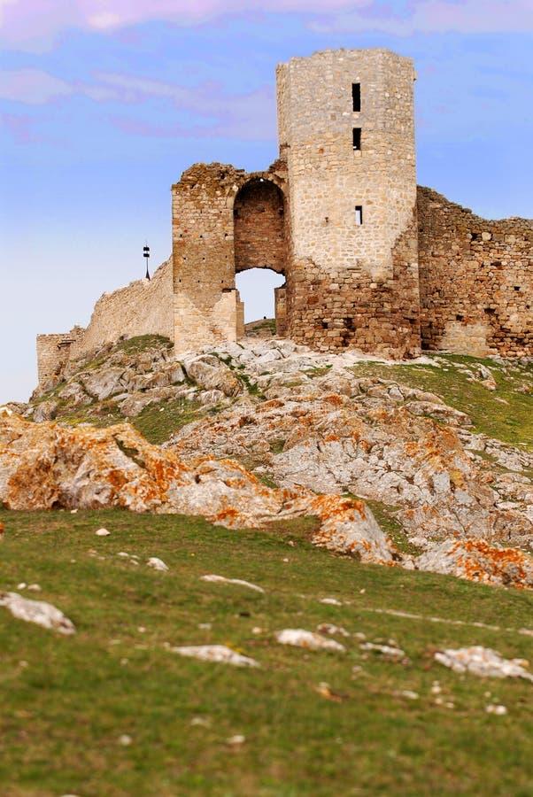 Ruinas de la fortaleza foto de archivo