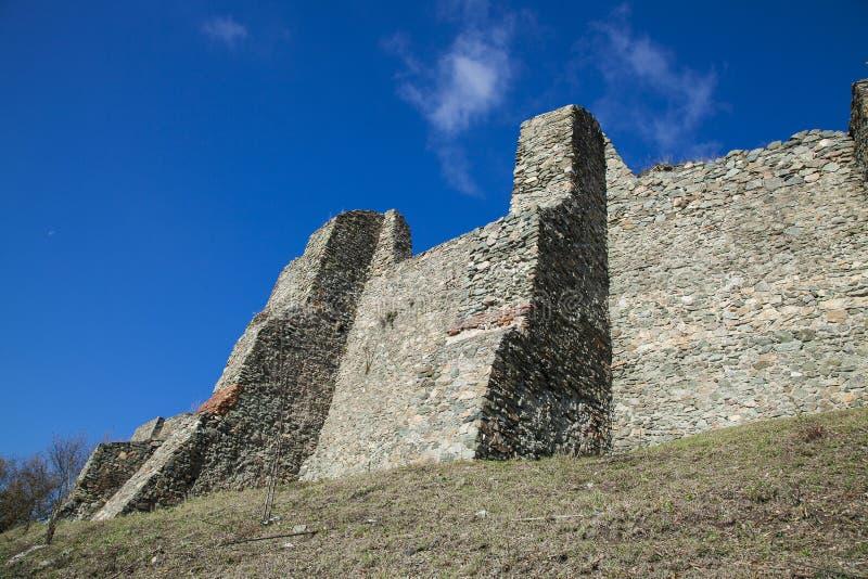 Ruinas de la fortaleza fotografía de archivo