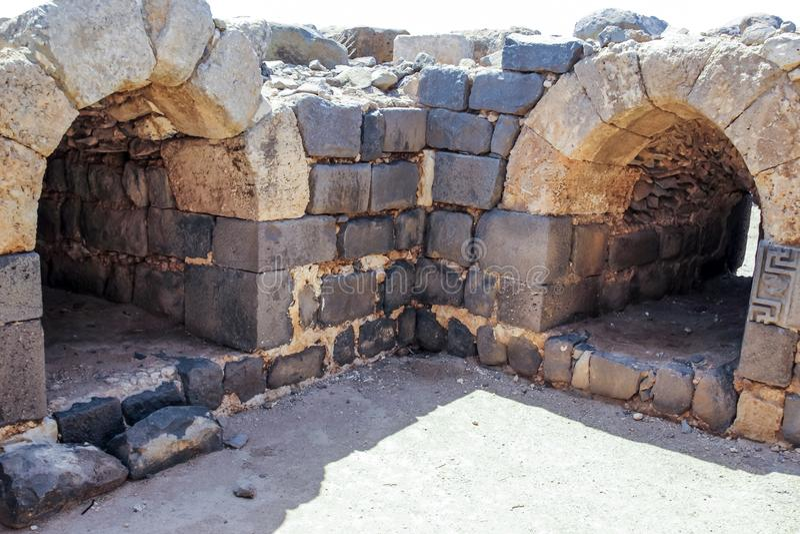 Ruinas de la fortaleza del siglo XII del Hospitallers - el Belvoir - Jordan Star - en Jordan Star National Park cerca de la ciuda imagen de archivo