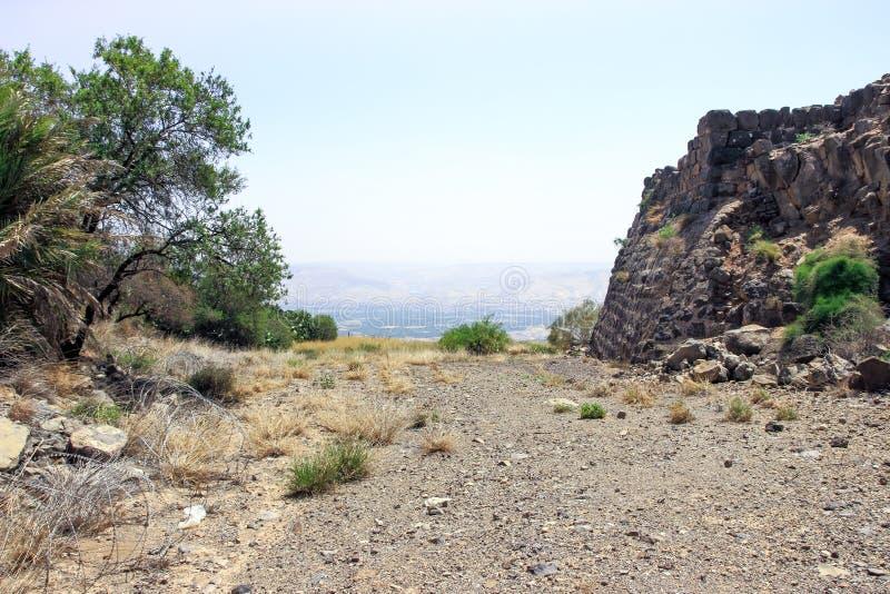 Ruinas de la fortaleza del siglo XII del Hospitallers - el Belvoir - Jordan Star - en Jordan Star National Park cerca de la ciuda imágenes de archivo libres de regalías